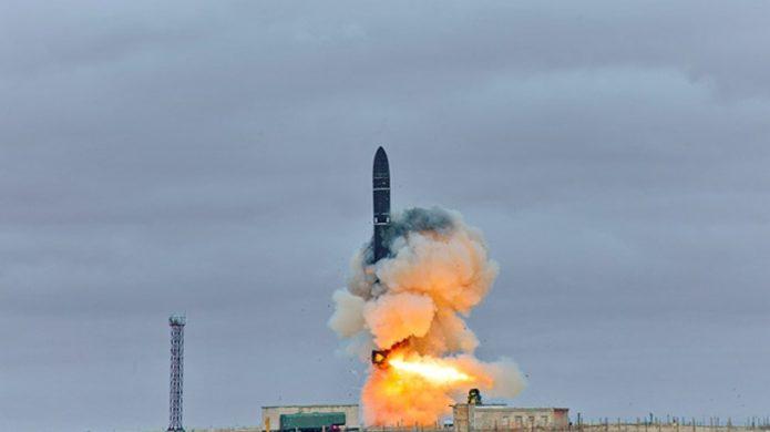 баллистическая ракета Сармат запуск